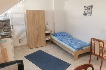 Monteurzimmer: AppartementZimmer Moonlight