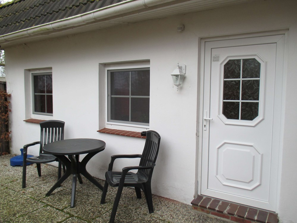 "Monteurzimmer: Terrasse Appartment Haio - Wangerland Appartment ""Zum alten Friesen"""